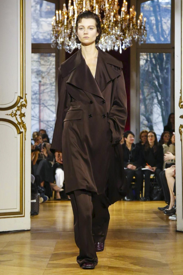 John Galliano, Fashion Show, Ready to Wear Collection Fall Winter 2017 in Paris