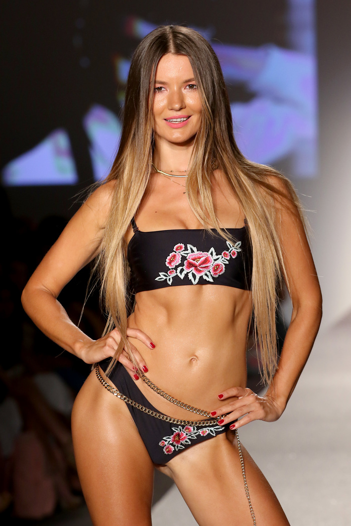 SWIMMIAMI Frankie's Bikinis 2018 Collection - Runway