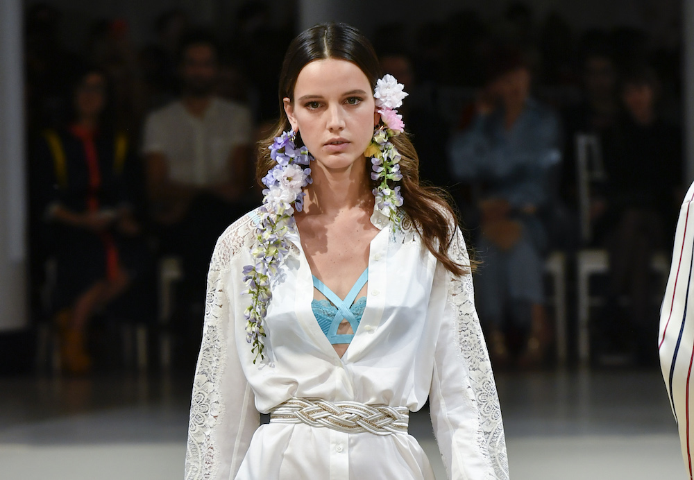 Alexis Mabille Spring 2018: Paris Fashion Week