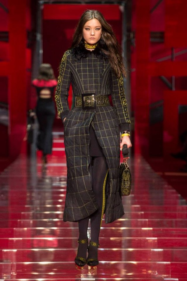 versace-fall-winter-2015-milan-40