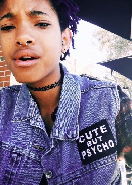 Willow Smith in a tattoo choker, very much a nineties look