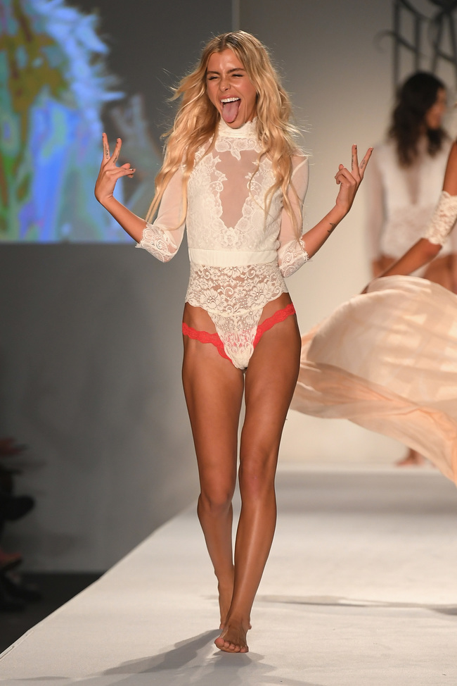11056ca26ac57 SWIMMIAMI Hot-As-Hell 2018 Collection - Runway