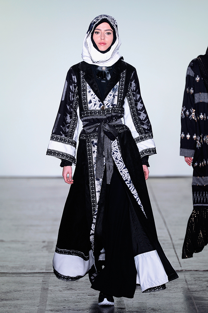 Vivi Zubedi - Runway - February 2018 - New York Fashion Week: The Shows