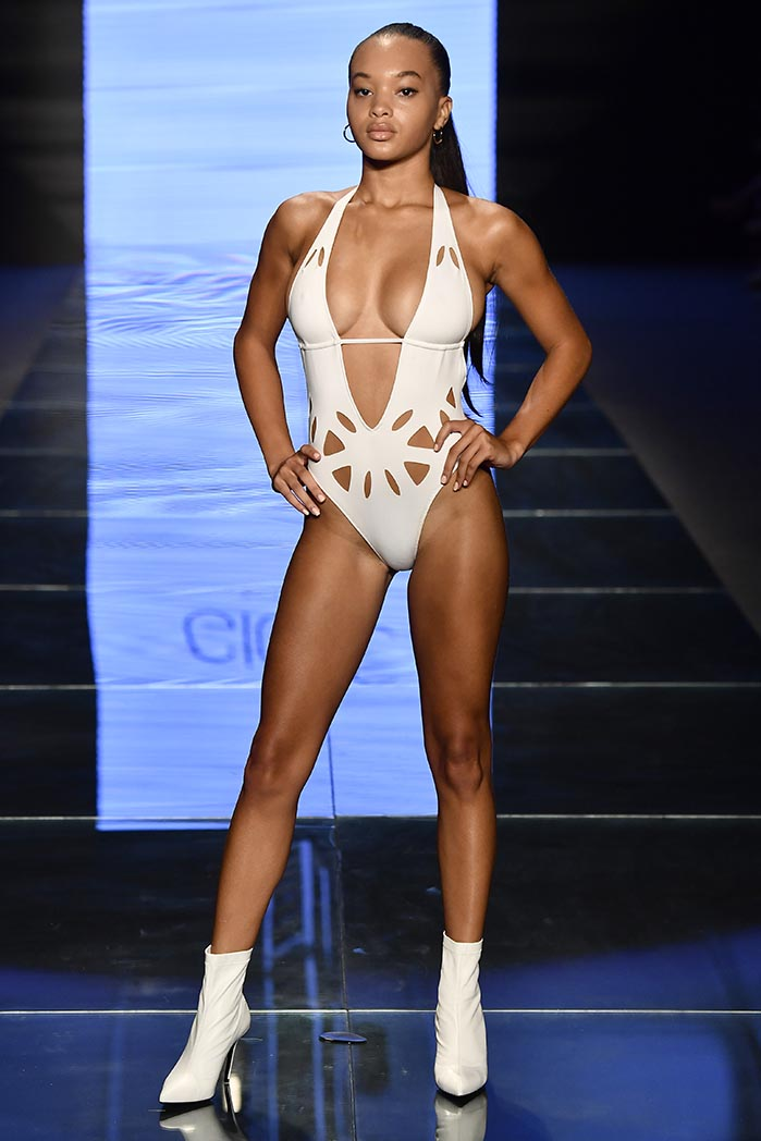 Gigi C Bikinis - Runway - Paraiso Fashion Fair