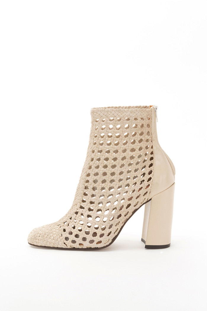 SS19_W_S_SARDAIGNE-ANKLEBOOTS-REJILLA-LEATHER-BEIGE-100MM-SQUARED-PE18-CARRYOVER3 retouched