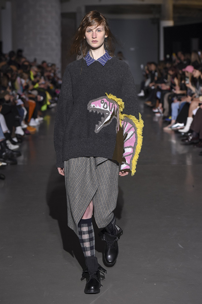DAWEI womesnwear aw19 paris