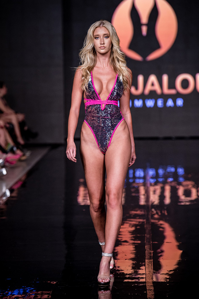 Pas Jalou - Miami Swim Week 2019 powered by Art Hearts Fashion - Photo credit Premium Paris