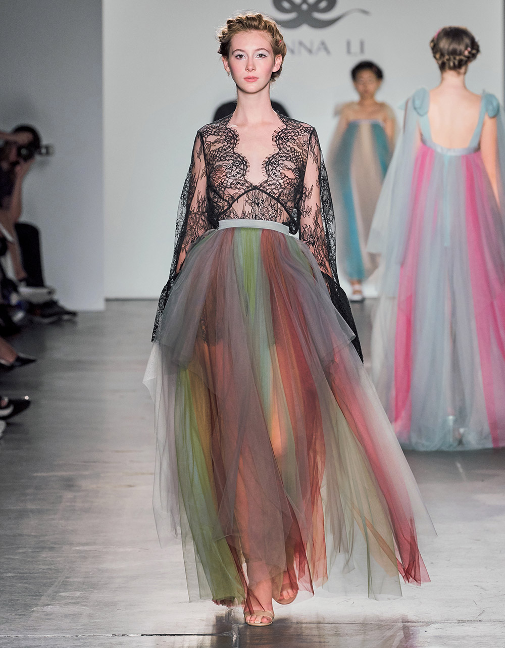 Litterateur Turned Haute Couture Designer Dazzles Observers During New York Fashion Week Fashion Week Online