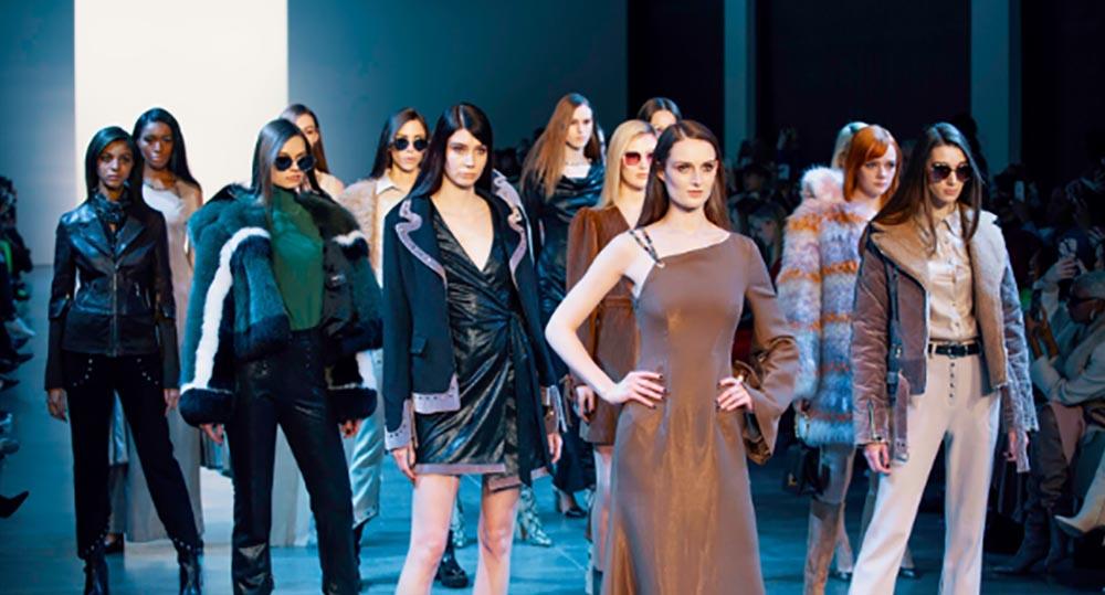 Interview With Vivienne Hu New York Fashion Week 2020 Fashion Week Online